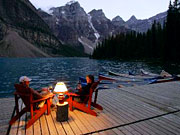 Moraine Lake Lodge - Deck overlooking Moraine Lake