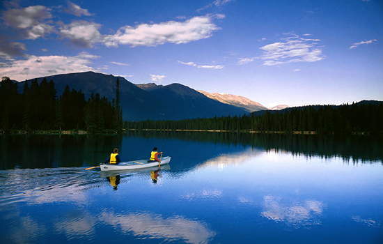 Canoeing the Lakes and Rivers of Canada